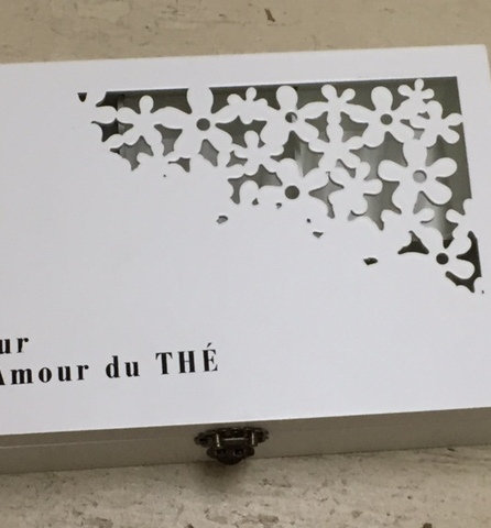white closed tea box