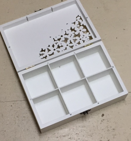 white tea box